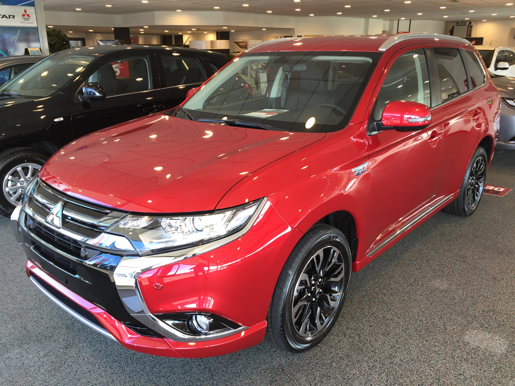 Mitsubishi outlander executive edition rood